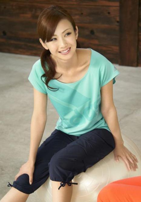 色っぽい湯田友美